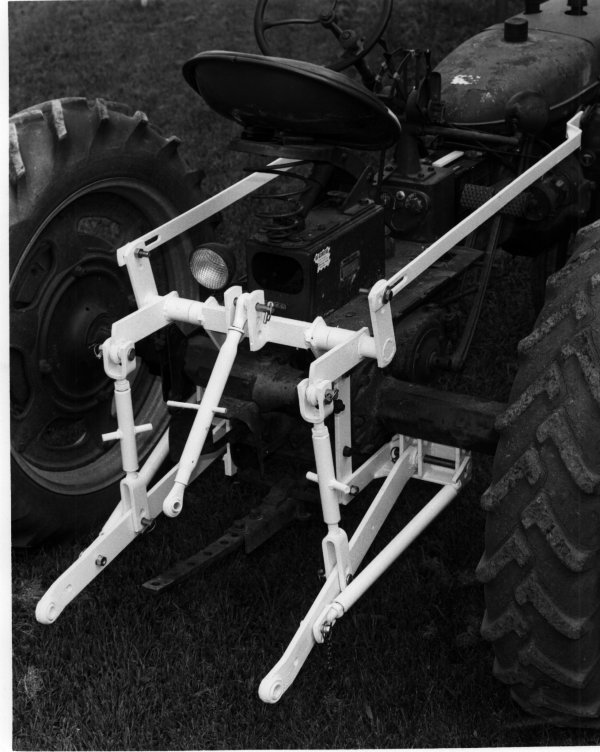 Rear 3-pt Tractor Hitch Kits